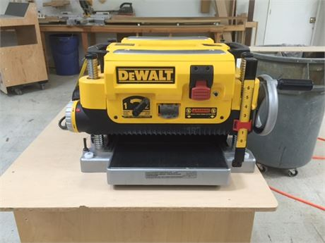 Dewalt DW734 vs DW735 vs DW735X – Planer Comparison - PFL